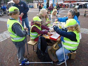 Museum-vrijwilliger tijdens Dag van de Duurzaamheid