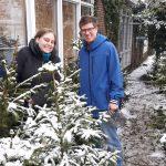 Adoptie-kerstbomen ophalen in de sneeuw!