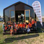 Sebastiaan Dinjens las voor in Brak-wikkelhuisje op 10/10 de Dag van de Duurzaamheid